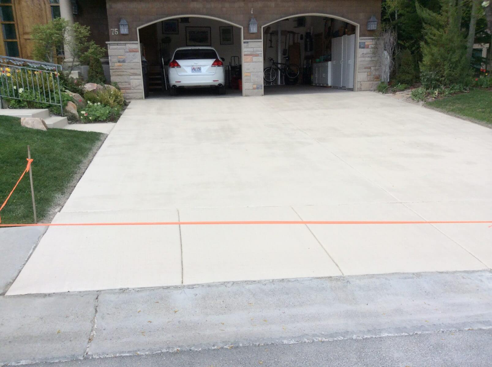 Bone Color Stained Driveway Concrete Design Systems